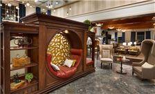lobby-entrance-of-reikart-house-amherst-new-york